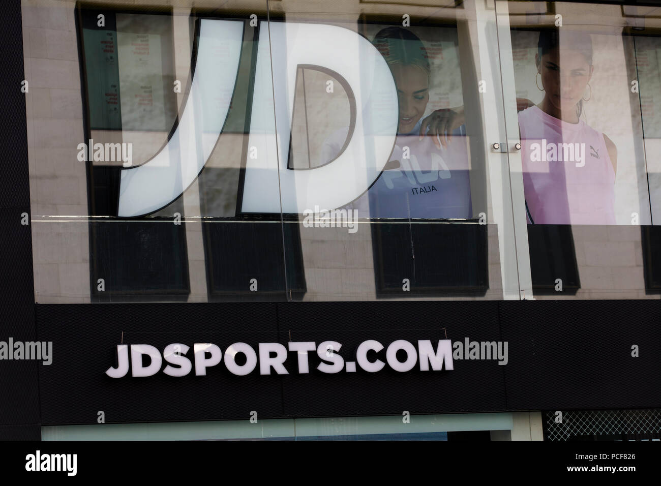 176b5a71880bf LONDON, UK - JULY 31th 2018: JD sports sportswear shop on Oxford Street in