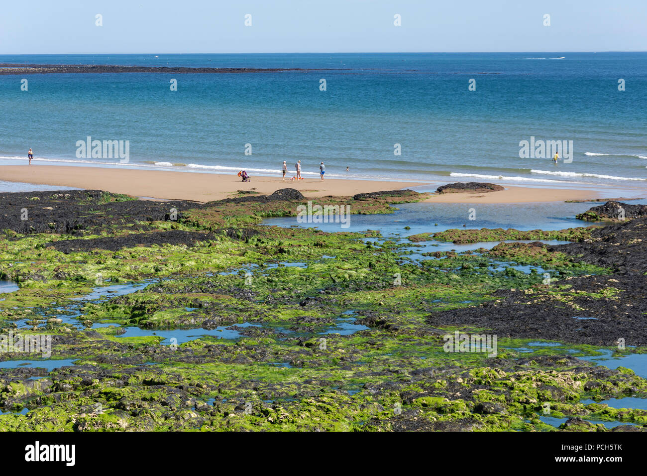 Parson's Rocks and Seaburn Beach, Seaburn, Sunderland, Tyne and Wear, England, United Kingdom - Stock Image