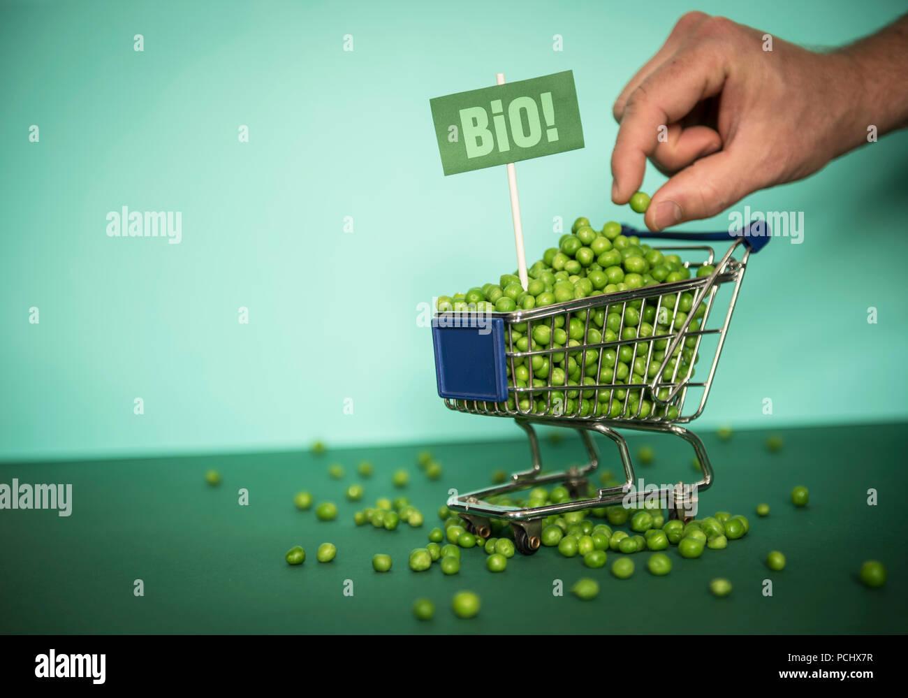 shopping,peas,selection - Stock Image