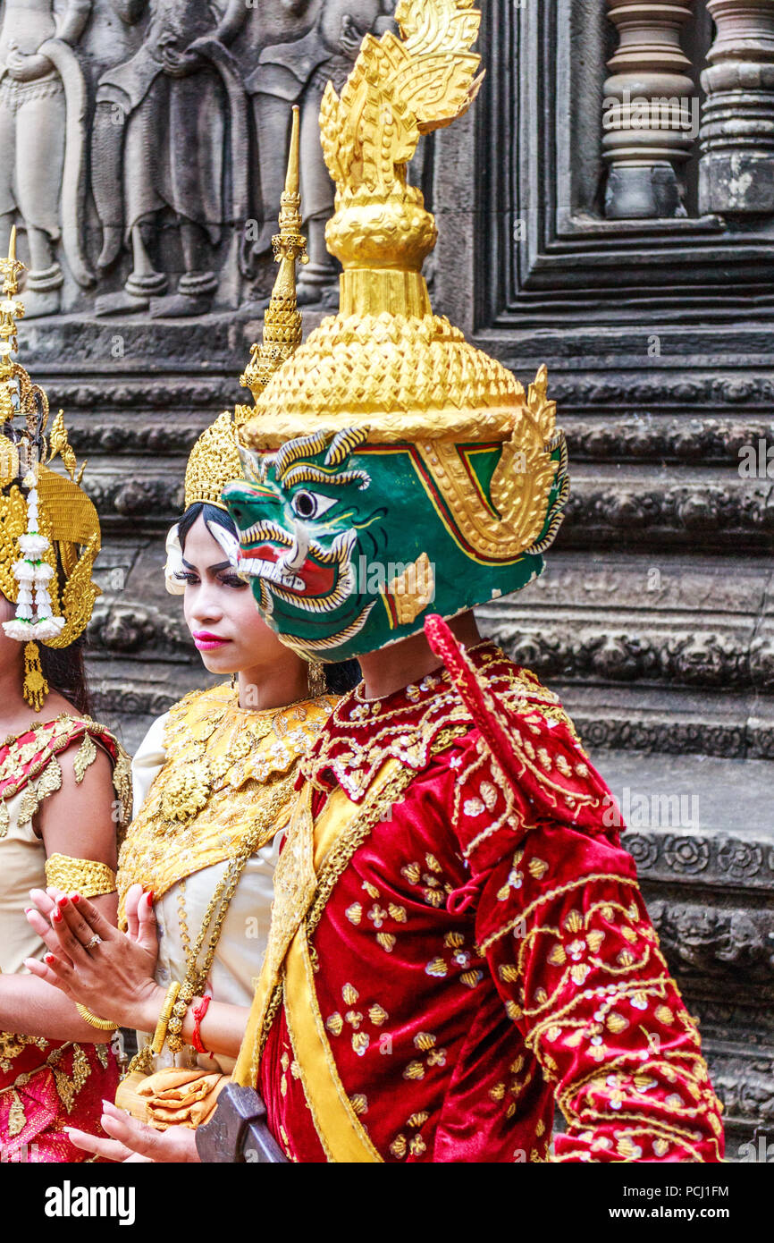 Angkor Wat, Cambodia - 11th January 2018: Dancer in traditional dress and mask. They perform here every day. Stock Photo