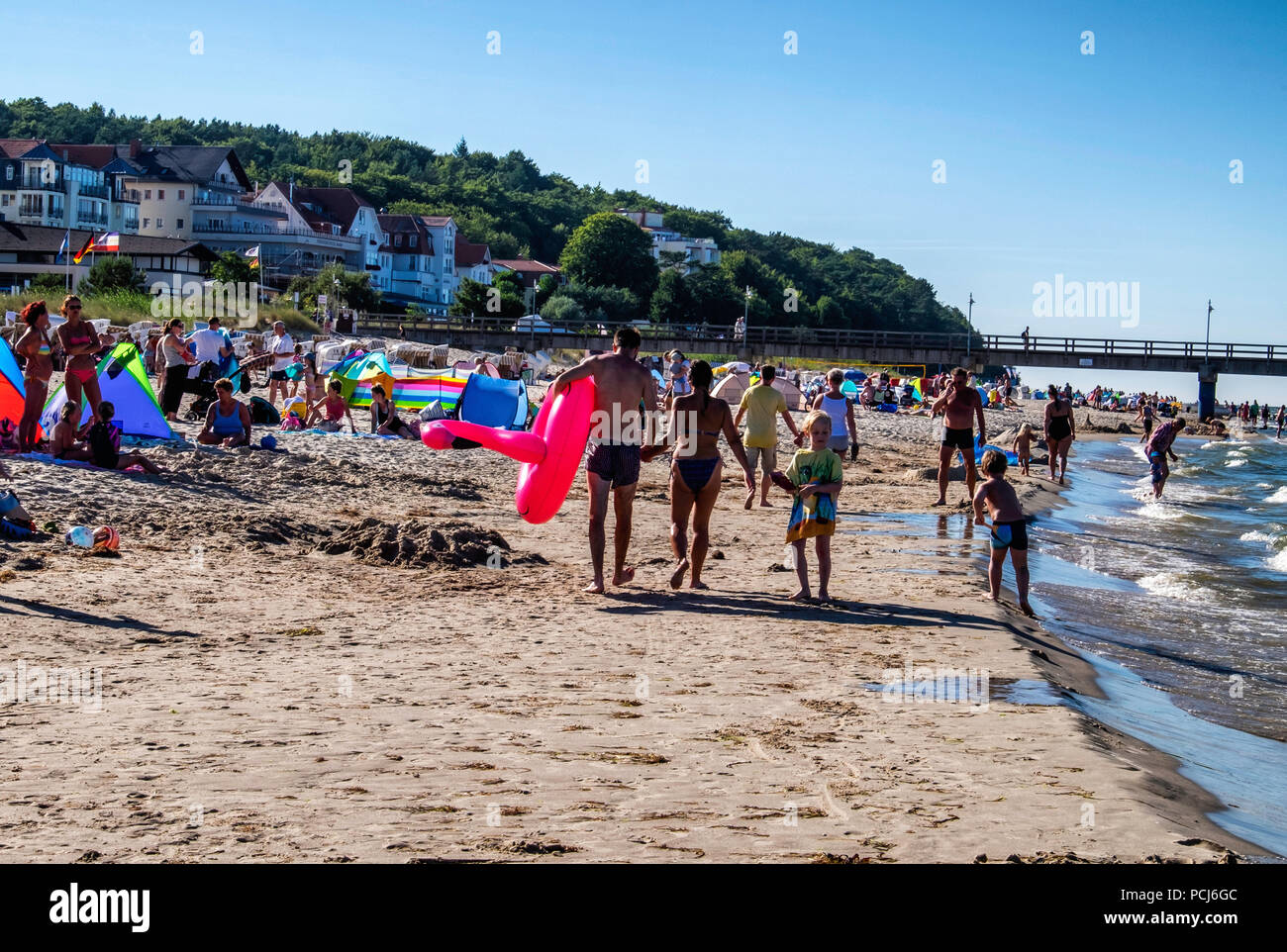 Crowded Bansin beach as people holiday at the Baltic sea resort on Usedom Island during 2018 Summer heat wave, Heringsdorf, Germany Bansin beach is th Stock Photo
