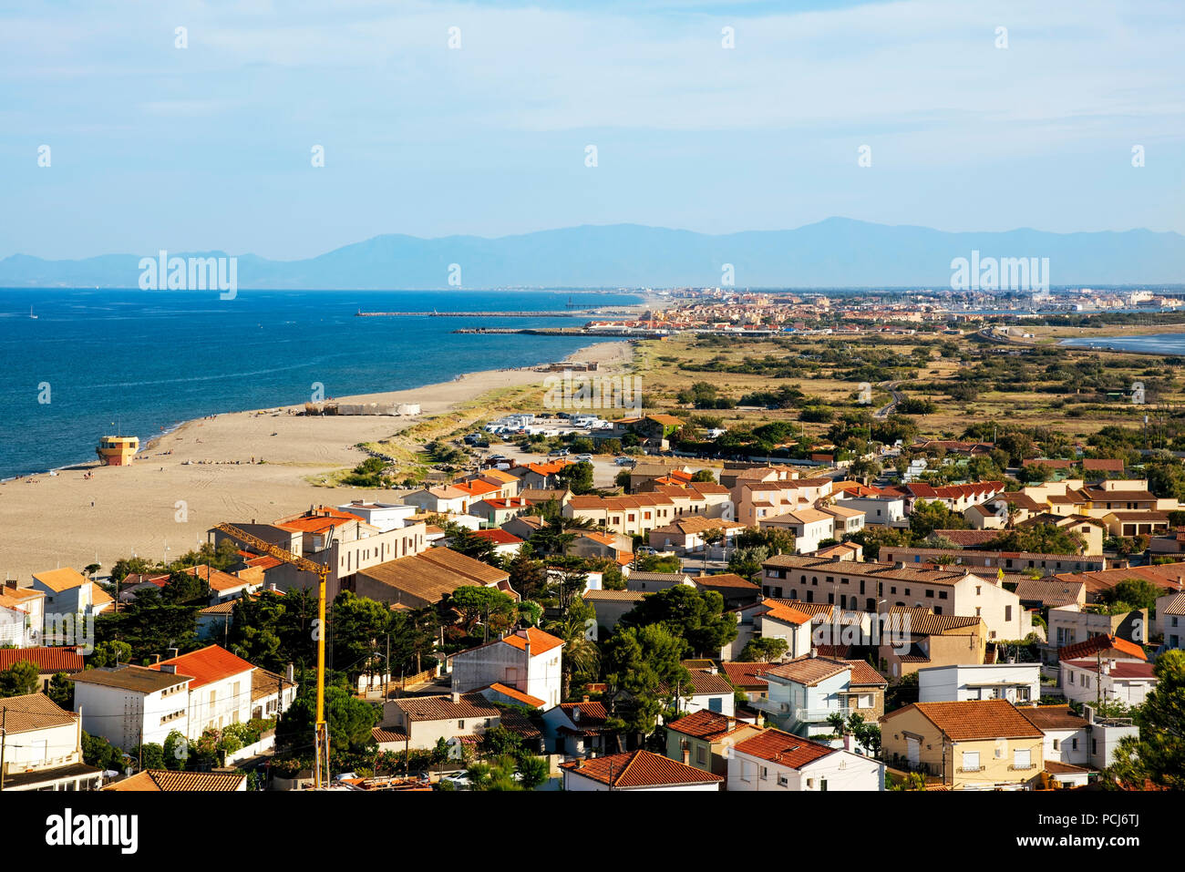 an aerial view of the Falaise district of Leucate, France, with the Leucate Plage beach and the Mediterranean sea on the left and the lagoon on the ri Stock Photo