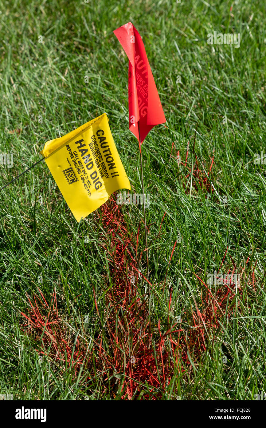 Parchment Michigan Utility Placed Flags Near A Construction Project Warn Of Digging Near A Natural Gas Line Stock Photo Alamy Oil, energy etfs follow crude prices higher. https www alamy com parchment michigan utility placed flags near a construction project warn of digging near a natural gas line image214301760 html