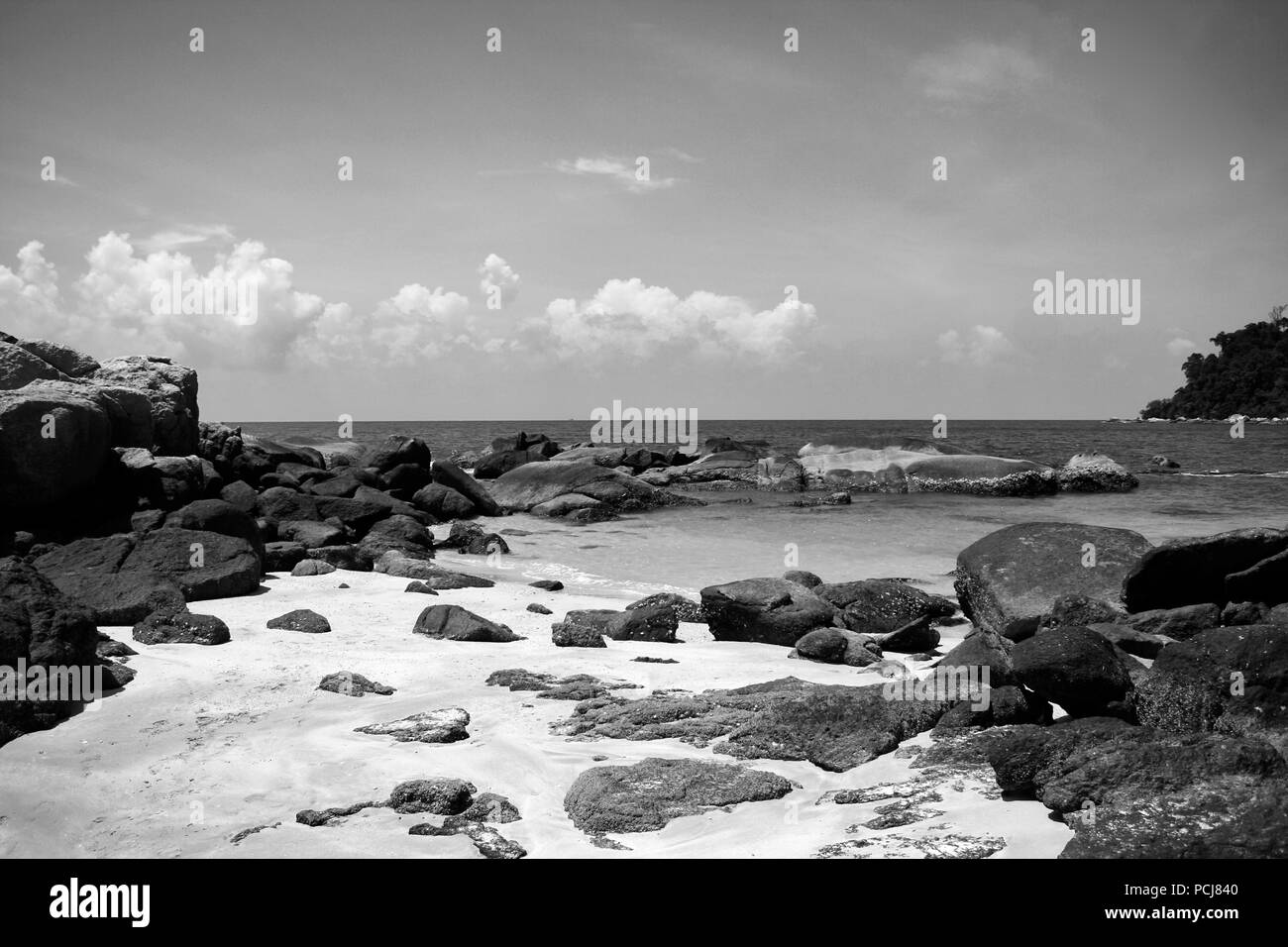 Beach on Pulao Tioman Malaysia in black and white - Stock Image
