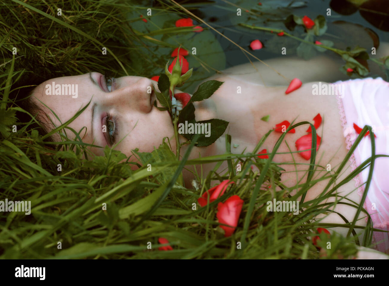 dead,dead body,drowned body,love dead - Stock Image