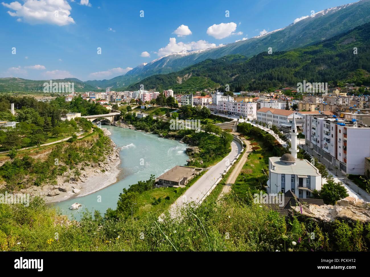 Lumi seman albanien dating