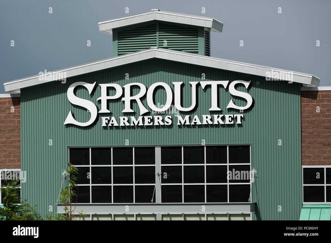 Sprouts Farmers Market Stock Photos & Sprouts Farmers Market