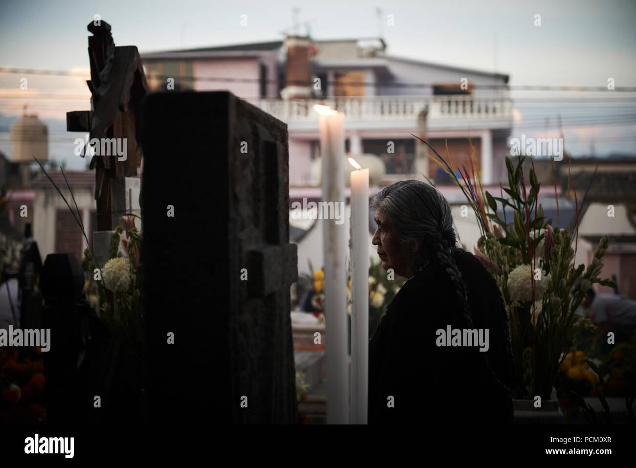 El Dia de Los Muertos.  Day of the dead celebrations in Mexico at the Parroquia de San Andres Apostle, Mixquic. - Stock Image