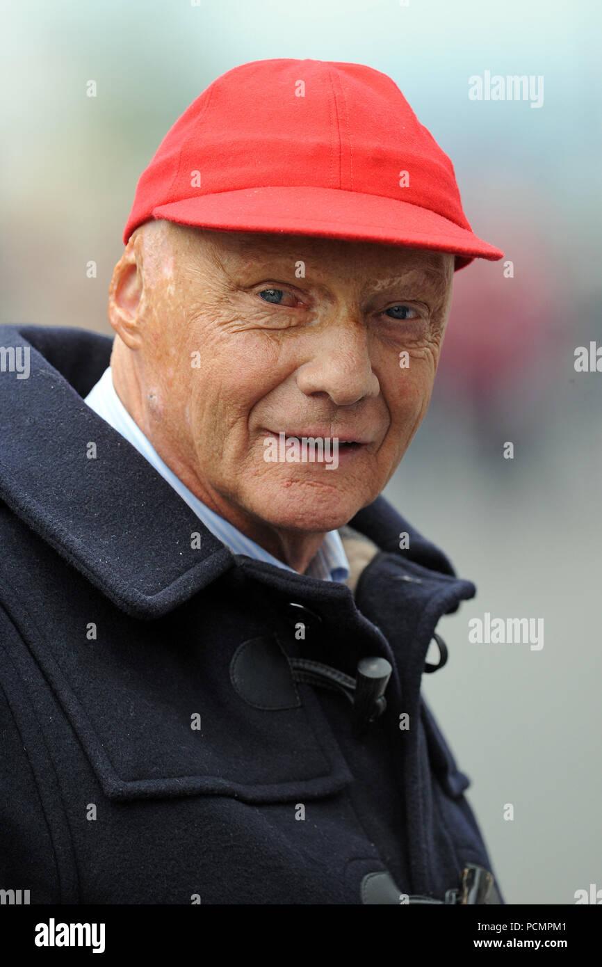Champion Austrian Formula Through Walks Former Lauda Niki One World kXTiuPOZ