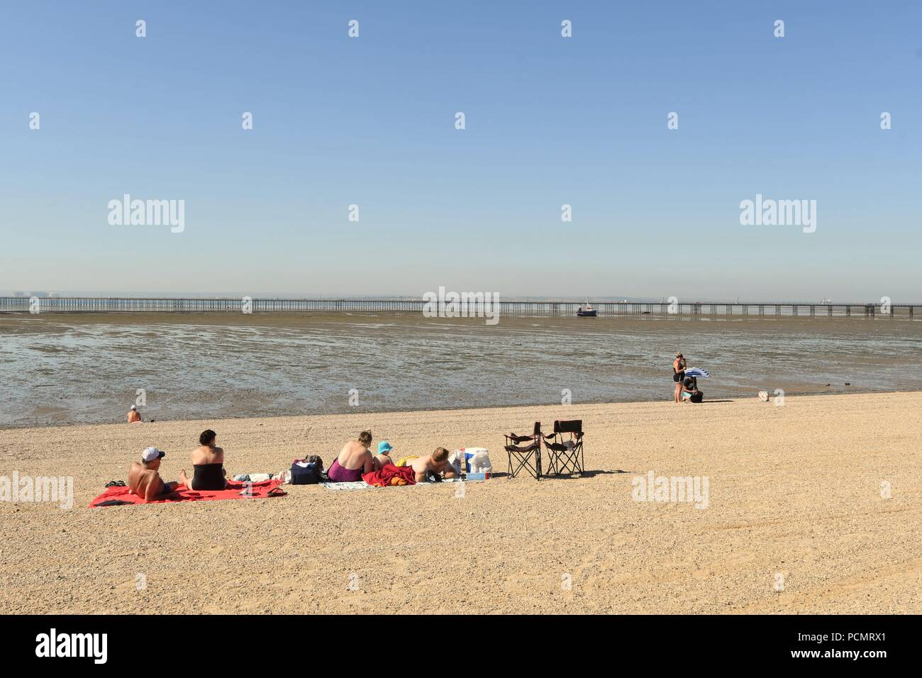 Uk Weather Another Scorching Day In Southend A View Of People Sunbathing On The Beach Credit Ben Rector Alamy Live News