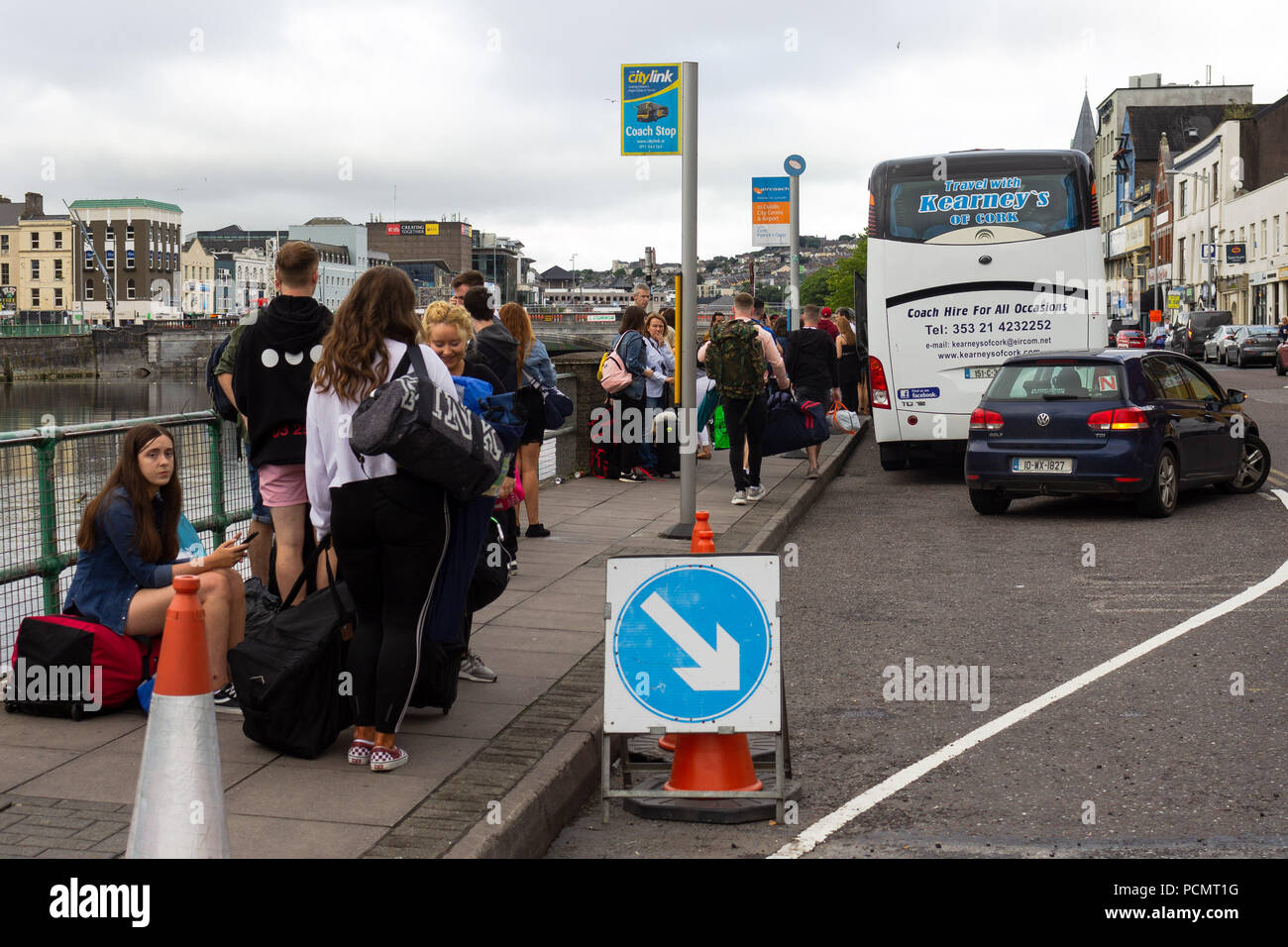 Limerick to Mitchelstown - 3 ways to travel via bus, taxi, and car