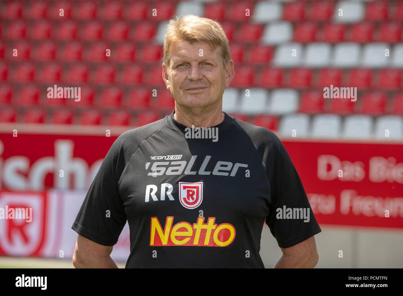 Regensburg, Germany. 17th July, 2018. 2nd German Bundesliga, official photocall SSV Jahn Regensburg for season 2018/19 in Regensburg, Germany: kitman Reinhold Reisinger; Credit: Armin Weigel/dpa | usage worldwide/dpa/Alamy Live News - Stock Image