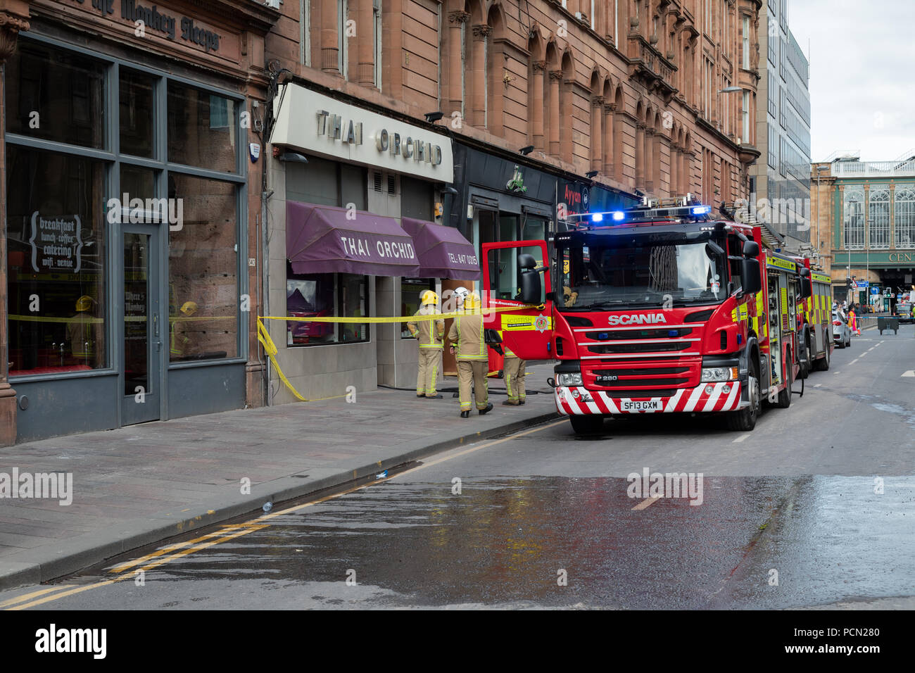 Argyle Street, Glasgow, United Kingdom, Friday 3rd August 2018. A popular city centre restaurant has gone on fire closing Glasgow's The Thai Orchid after being badly damaged in a fire which started on Friday 3rd August 2018. Argyle street outside the restaurant was closed to traffic and pedestrians causing significant congestion in the surrounding area. - Stock Image