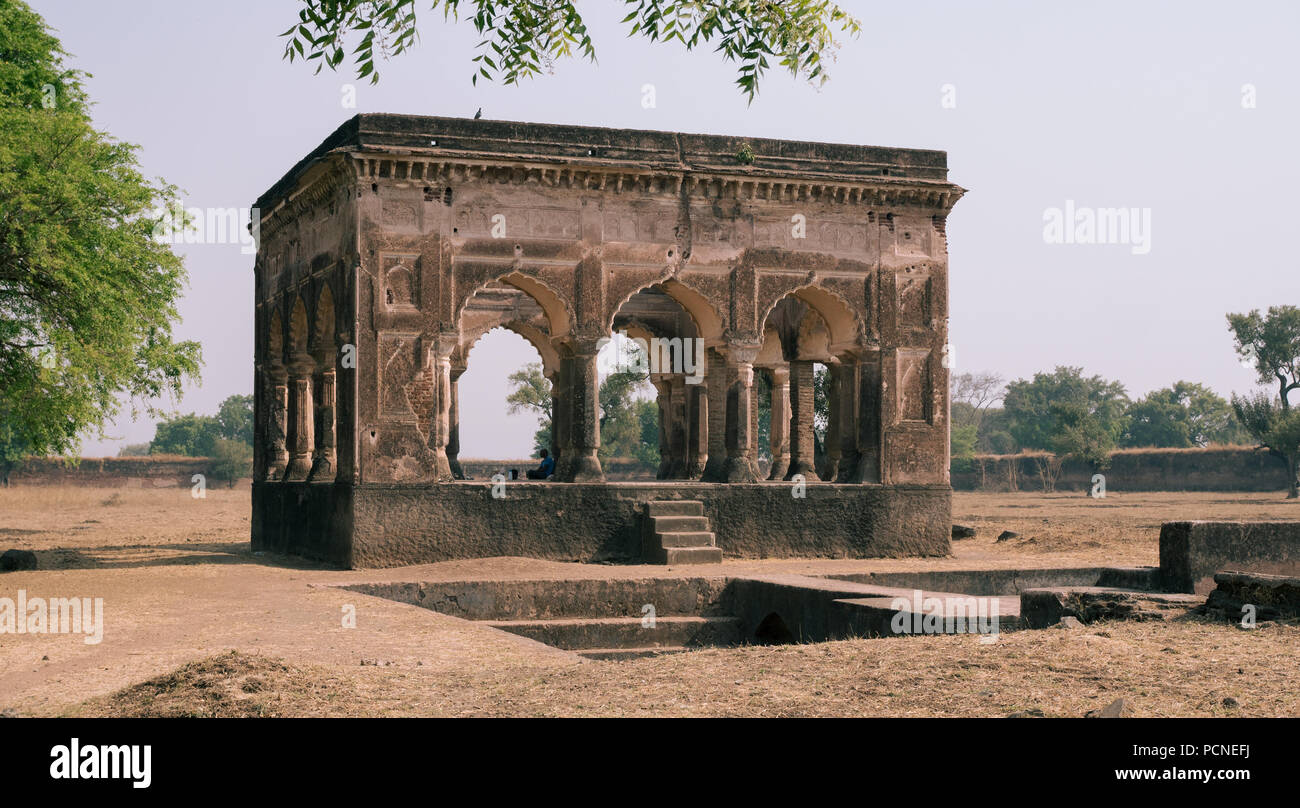 The Ahukhana, or deer park, the first tomb for Mumtaz Mahal  Her