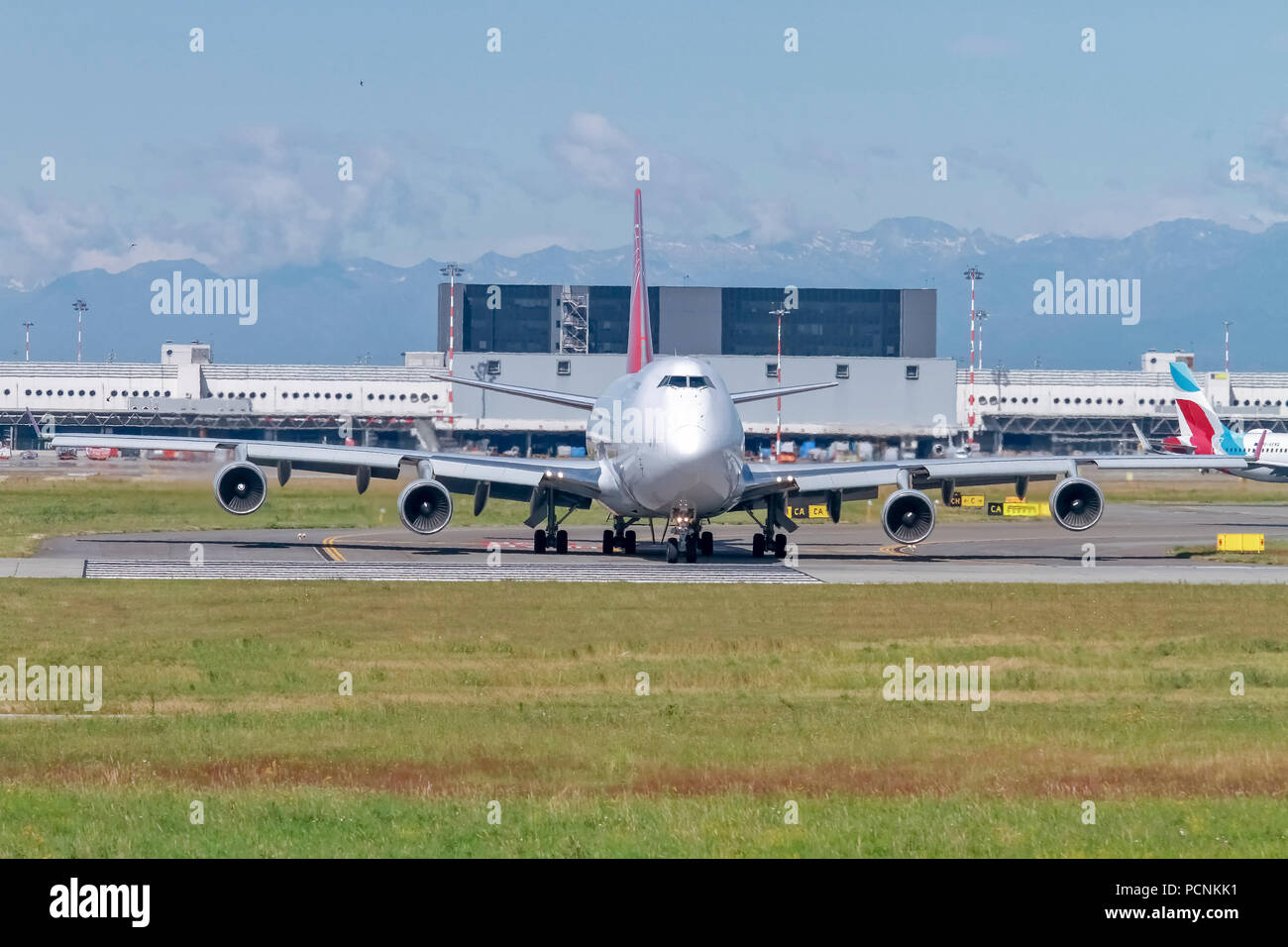 ACG Air Cargo Global Boeing 747-400(F) (OM-ACB) - Stock Image