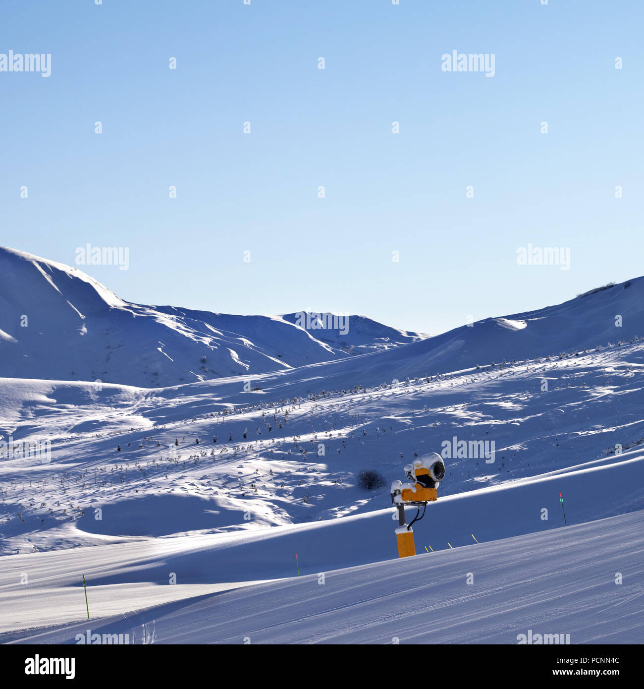 Snowy ski resort at early morning. Greater Caucasus in winter, Shahdagh, Azerbaijan. - Stock Image