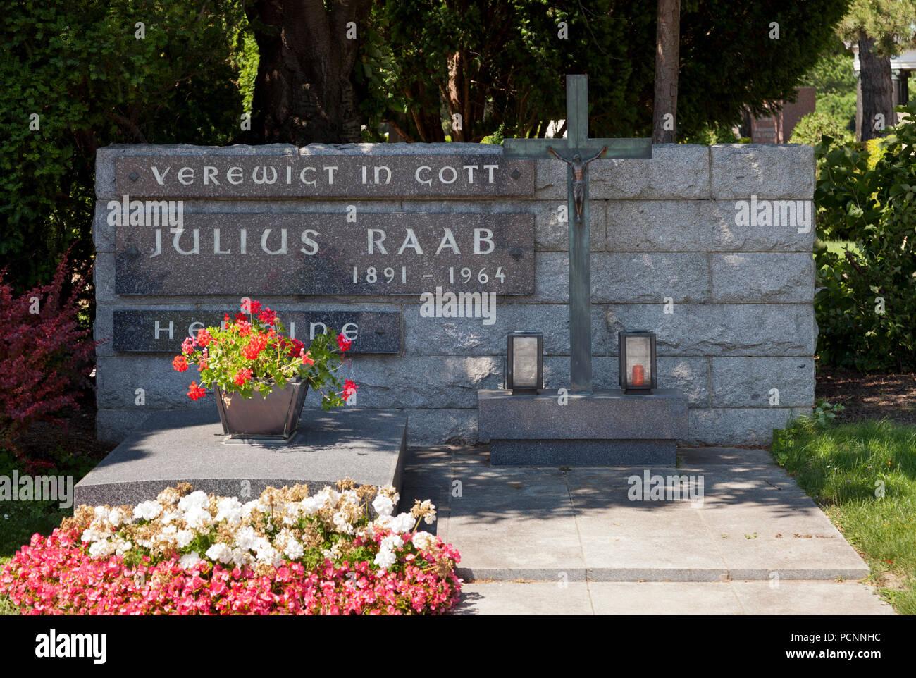 Grabmal von Julius Raab, 1891-1964, Politiker, Bundeskanzler der Republik Österreich - Stock Image