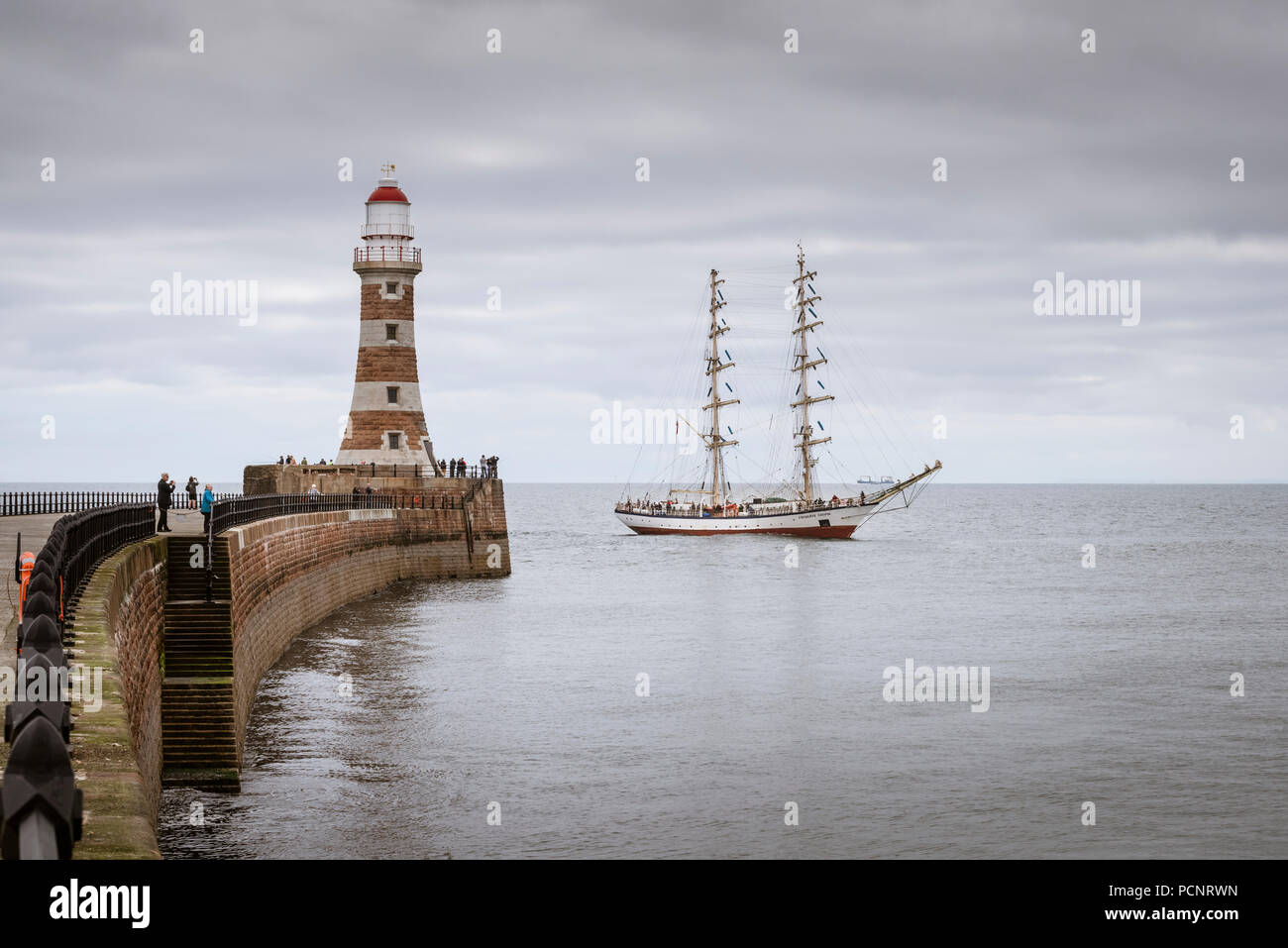 Sailing ship Frydryk Chopin approaching the Roker lighthouse on the Sunderland stretch of the 2018 Tall Ships Race - Stock Image