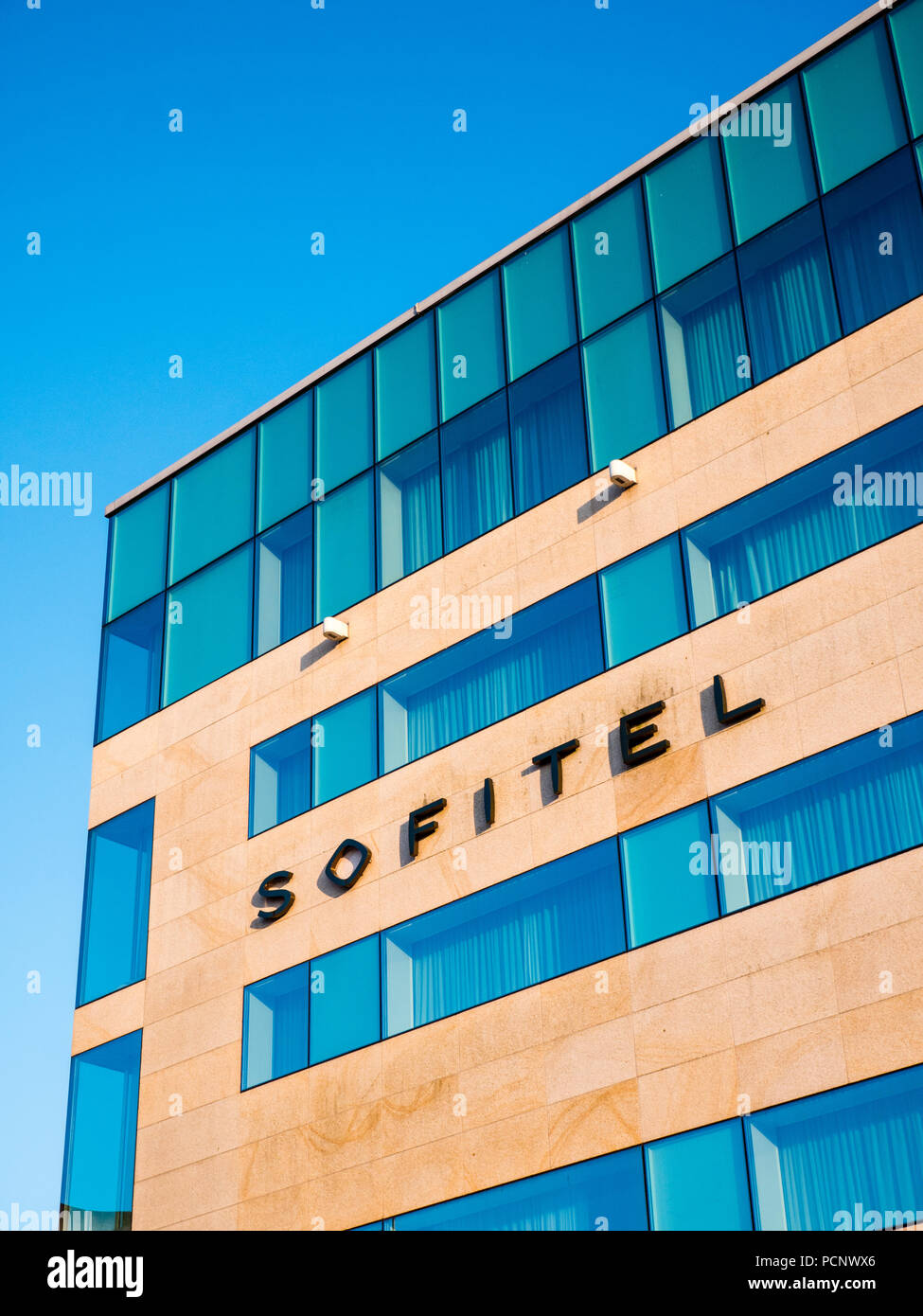 Sofitel Luxury Airport Hotel, Terminal 5, Heathrow Airport, London, England, UK, GB. - Stock Image