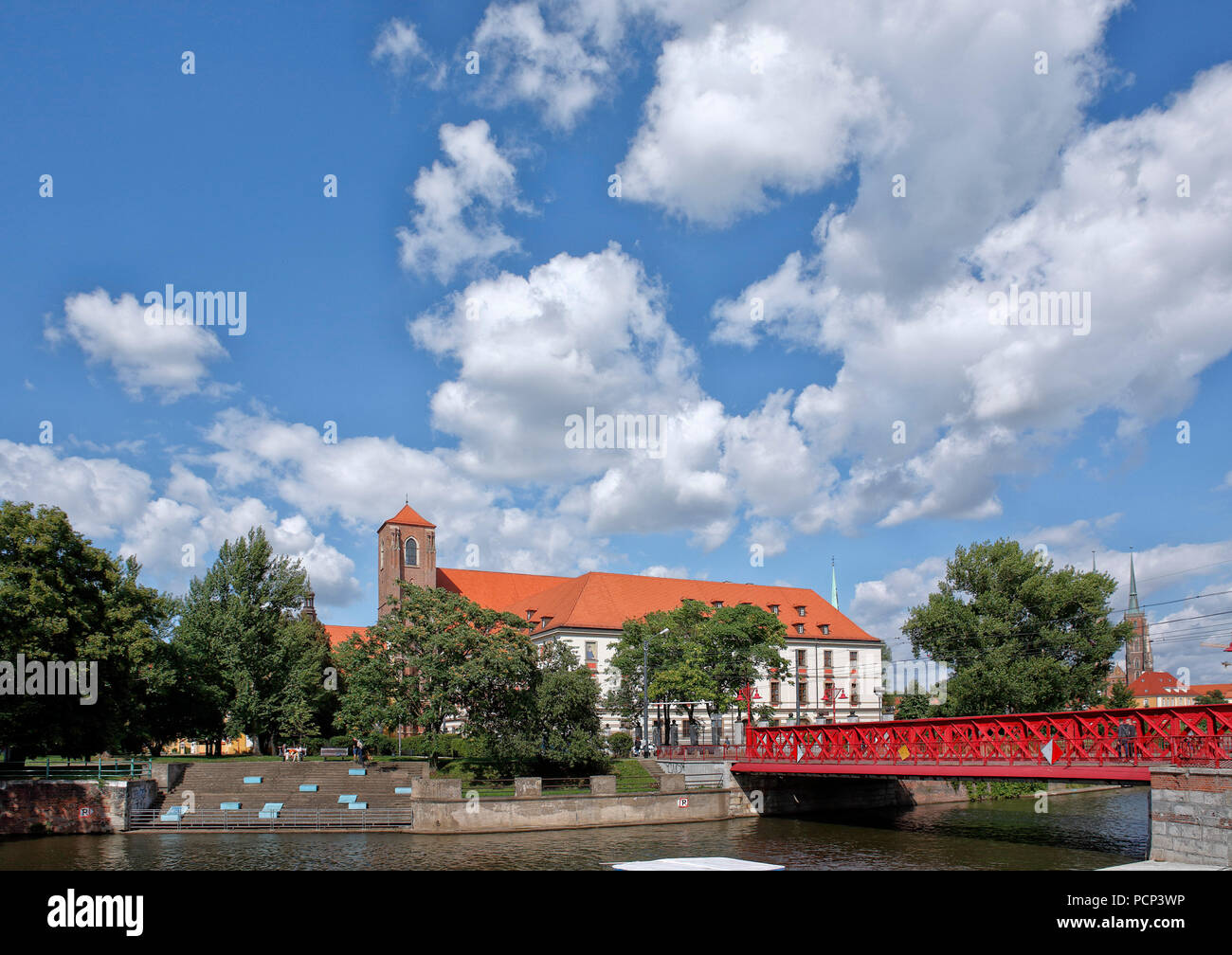 sand bridge (sandbruecke) from the old town of Wroclaw over to sand island (sandinsel). wroclaw, breslau, lower silesia, poland, europe - Stock Image