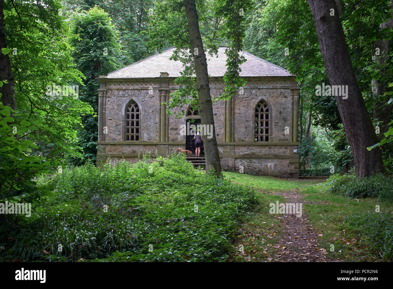 Front elevation of the Mausoleum erected by James, 2nd Earl Fife in 1793. at Duff House - Stock Image