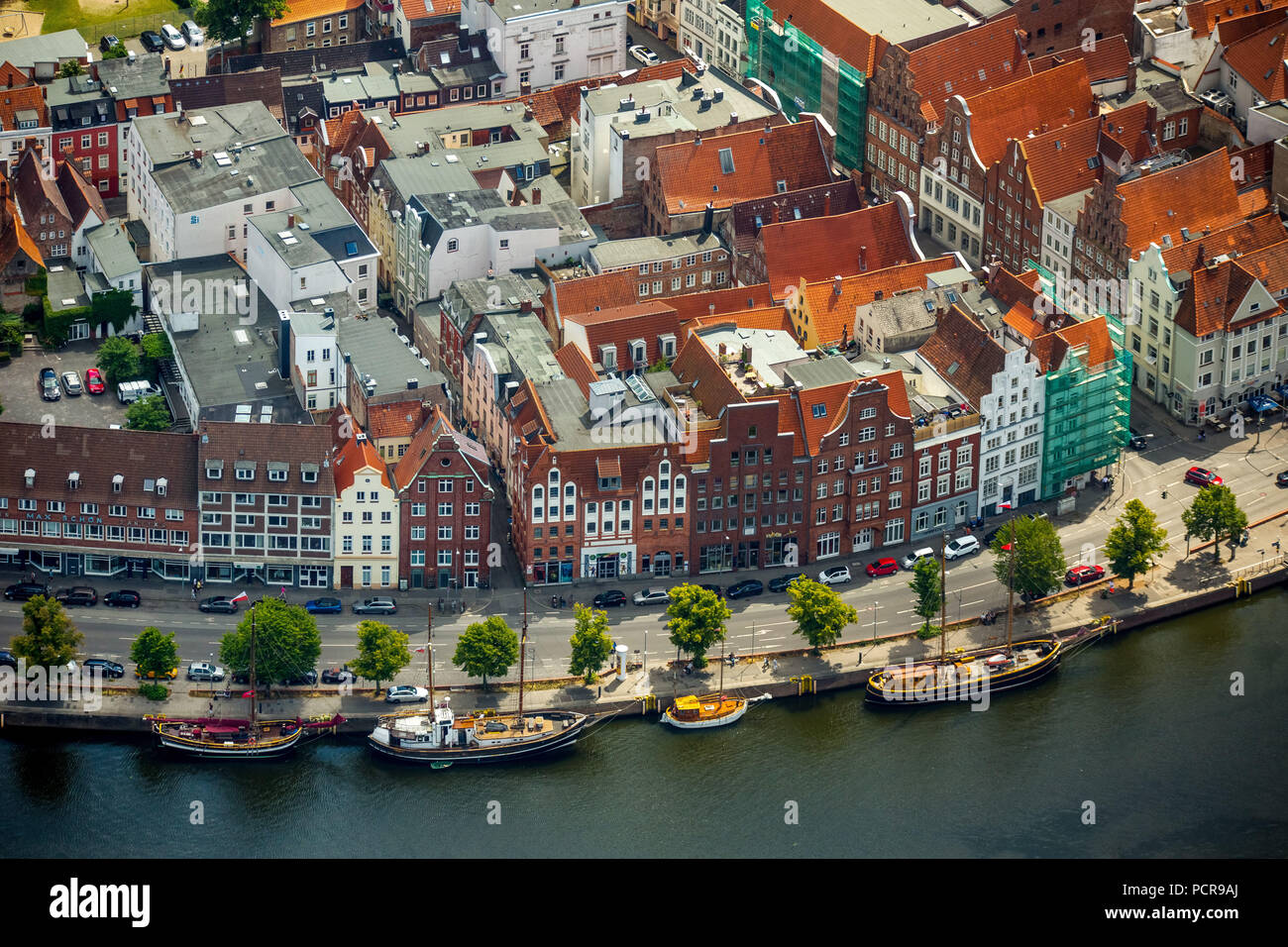 Townhouses at the Trave, Lübeck, Bay of Lübeck, Hanseatic city, Schleswig-Holstein, Germany - Stock Image