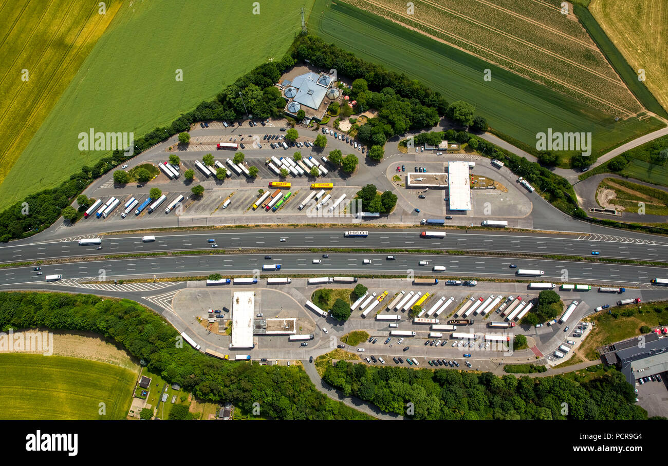 Service area Lichtendorf North and South on the A1 Autobahn, driving times, breaks, truck parking, Schwerte, Ruhr area, North Rhine-Westphalia, Germany - Stock Image