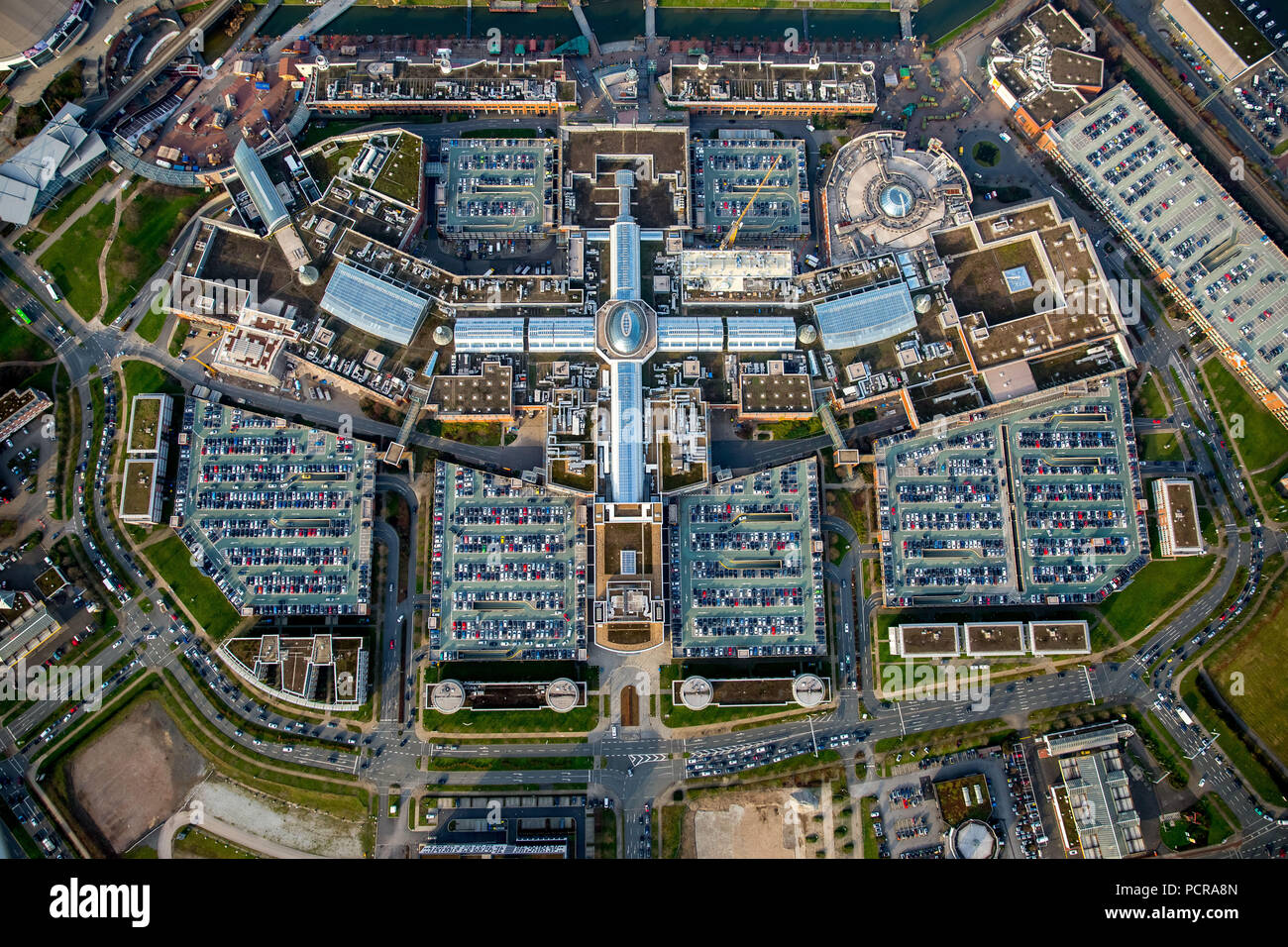 Shopping center CentrO Oberhausen, shopping mall, largest shopping and leisure center in Europe and at the same time Germany's largest shopping center, vertical shot, Oberhausen, Ruhr area, North Rhine-Westphalia, Germany Stock Photo