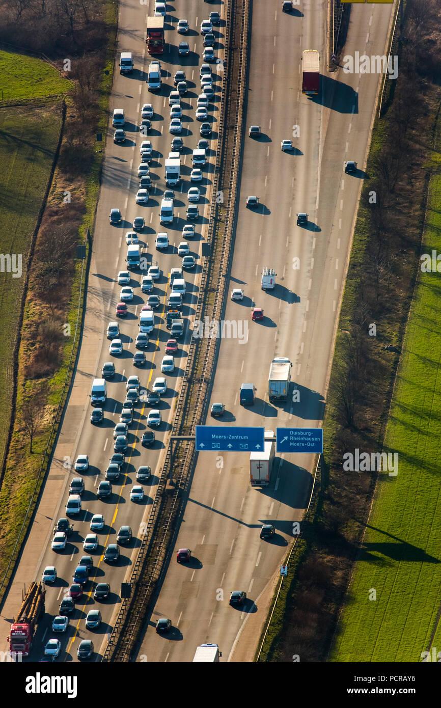 Traffic jam on the A40 bridge, in front of Rhine bridge, closed to heavy traffic, Duisburg, Ruhr area, North Rhine-Westphalia, Germany Stock Photo