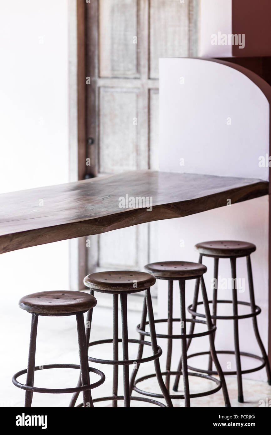Sedie Alte Da Bar Design tall chair stock photos & tall chair stock images - alamy