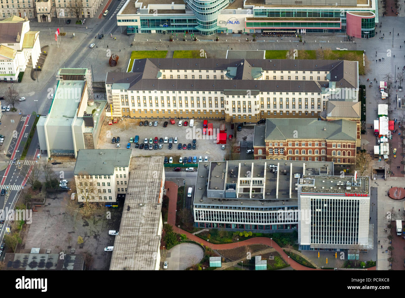 Regional and district court building, Duisburg, Ruhr area, aerial view - Stock Image