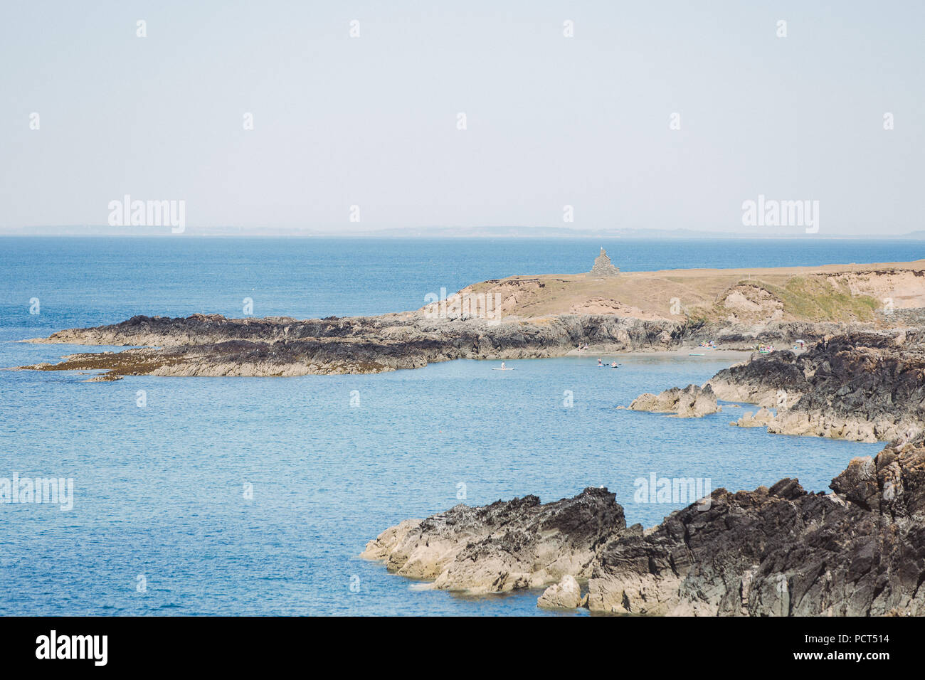 Coast at Penllech, Llyn Peninsula, North Wales, Uk with a view to the ruins of a cottage of a C18 customs officer - Stock Image