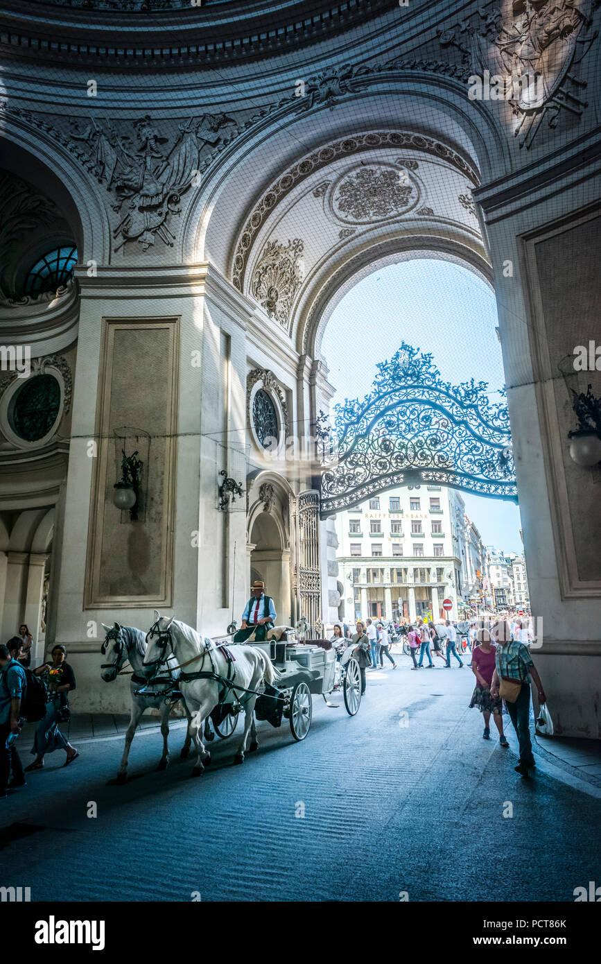 Europa, Österreich, Wien, Innere Stadt, Innenstadt, Platz, Michaeler, Michaeler Platz, Hofburg, Vienna, Austria, architecture, capital - Stock Image