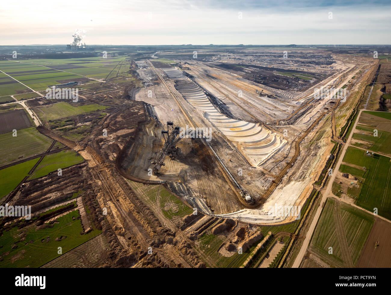 Inden lignite mine with demolished village of Inden, demolition, Inden, Rhineland, North Rhine-Westphalia, Germany - Stock Image