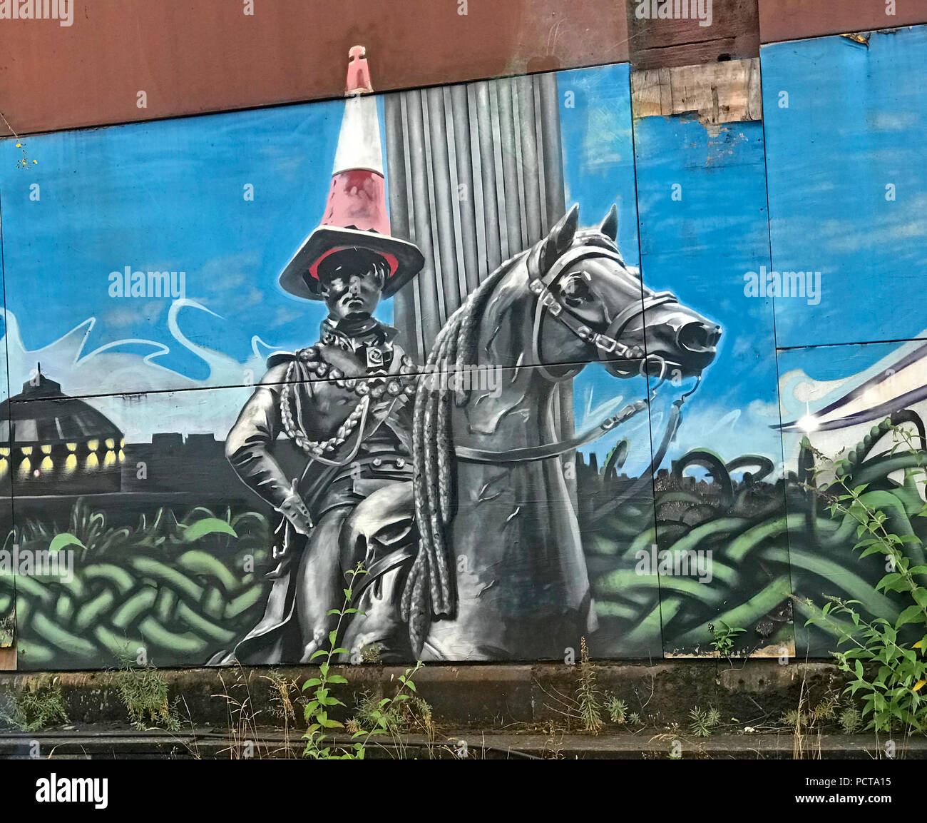 Duke of Wellington Traffic Cone graffitti artwork, Glasgow Central station, Strathclyde, Scotland, UK - Stock Image