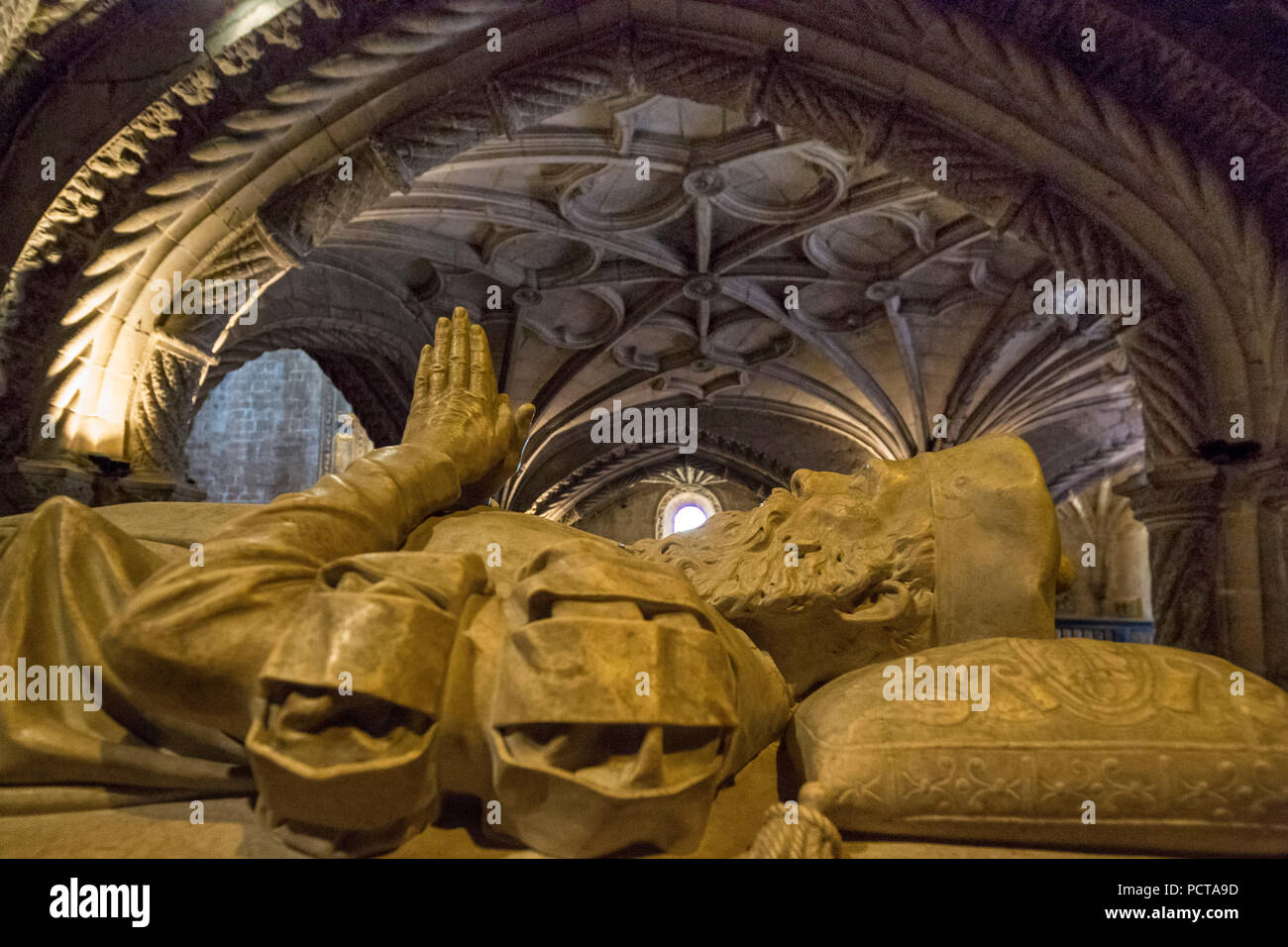 Tomb of the discoverer Vasco da Gama, Mosteiro dos Jerónimos, UNESCO World Heritage Site, Lisbon, Lisbon District, Portugal, Europe - Stock Image