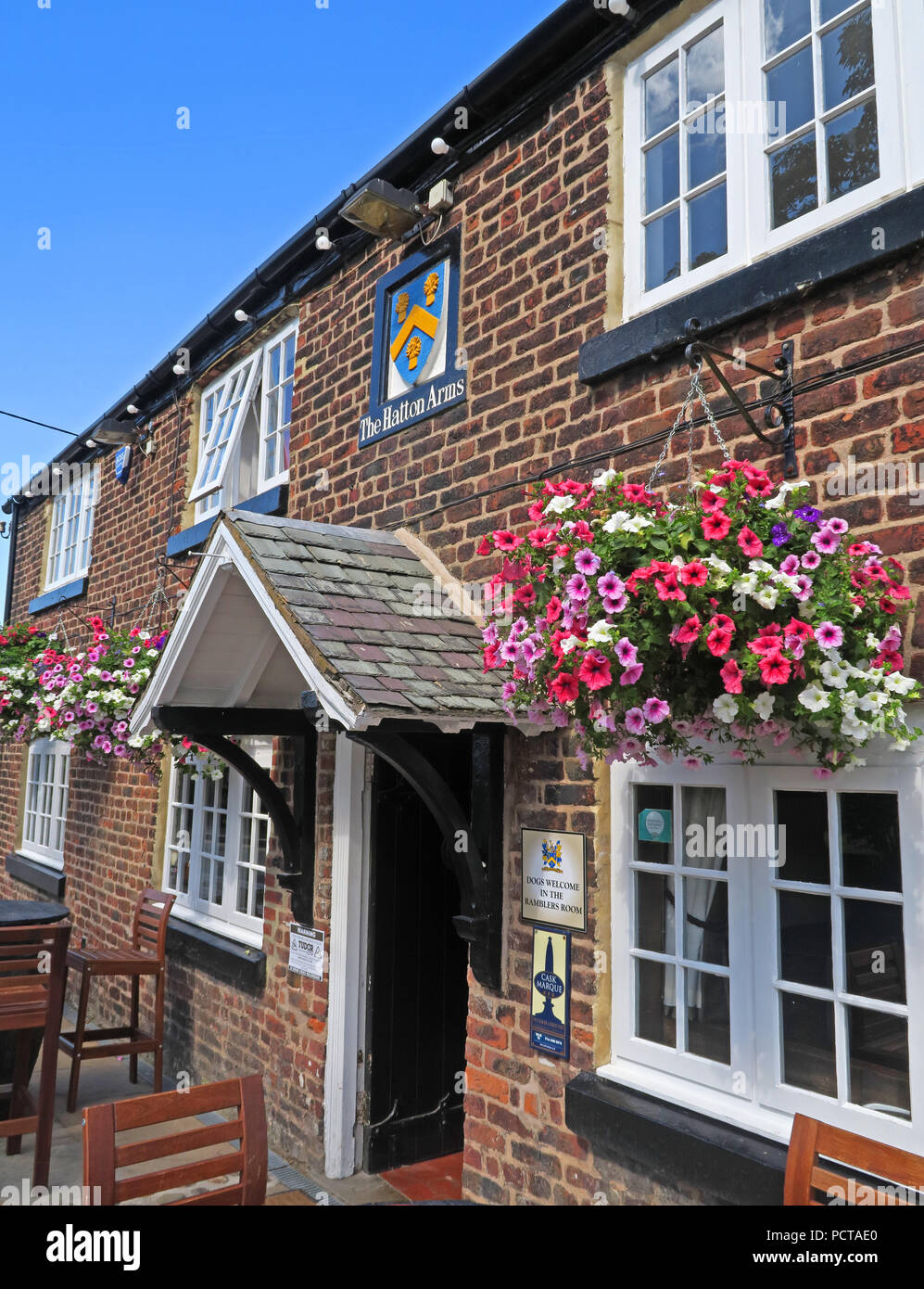 The Hatton Arms grade II listed pub bar, Hatton Village, Near Warrington, Cheshire, North West England, UK Stock Photo