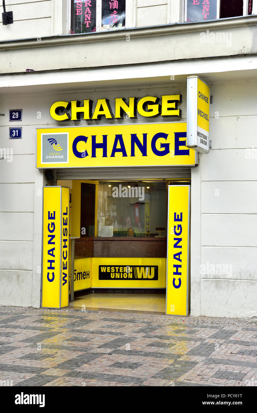 Western union stock photos western union stock images alamy - Western union bureau de change ...