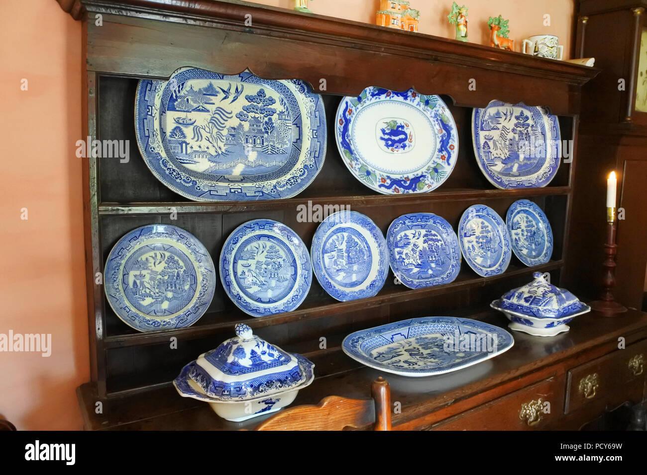 Welsh Dresser And Kitchen Stock Photos & Welsh Dresser And Kitchen ...