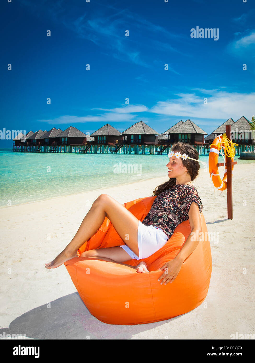 Page 2 Beach Bag In Sand Island High Resolution Stock Photography And Images Alamy