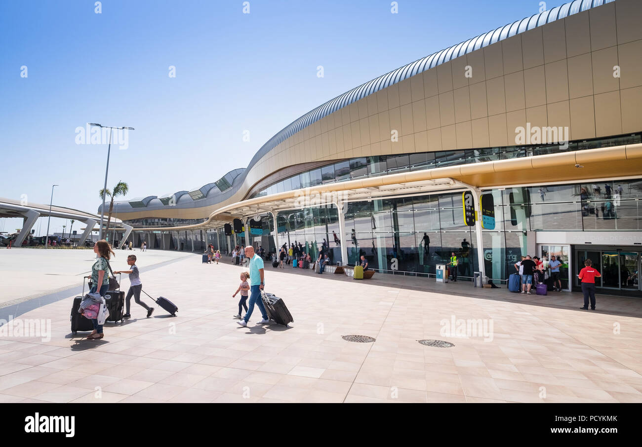 Tourists arrive at Faro Airport in the Algarve, Portugal - Stock Image