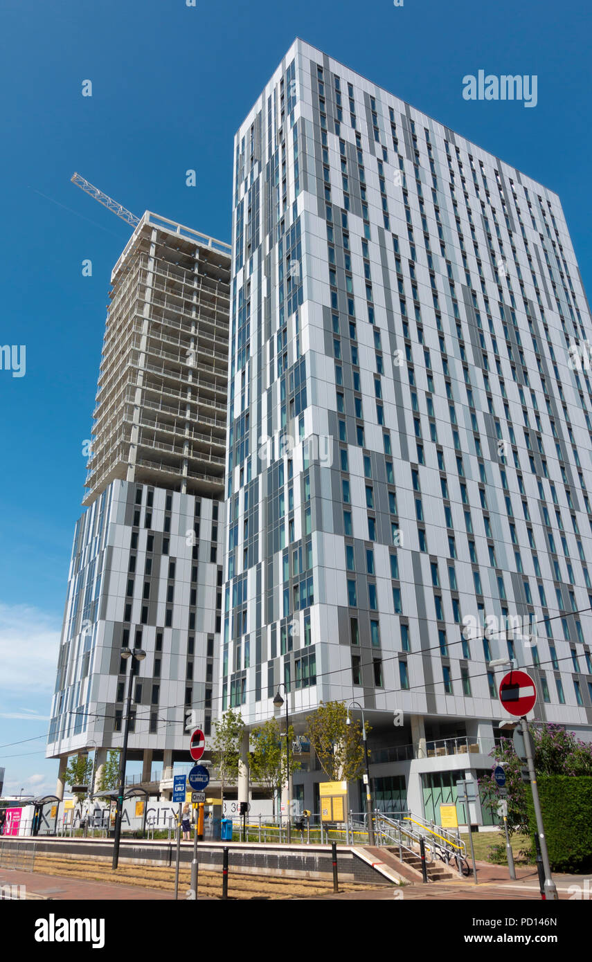 New high rise buildings under construction in MediaCityUK - Stock Image