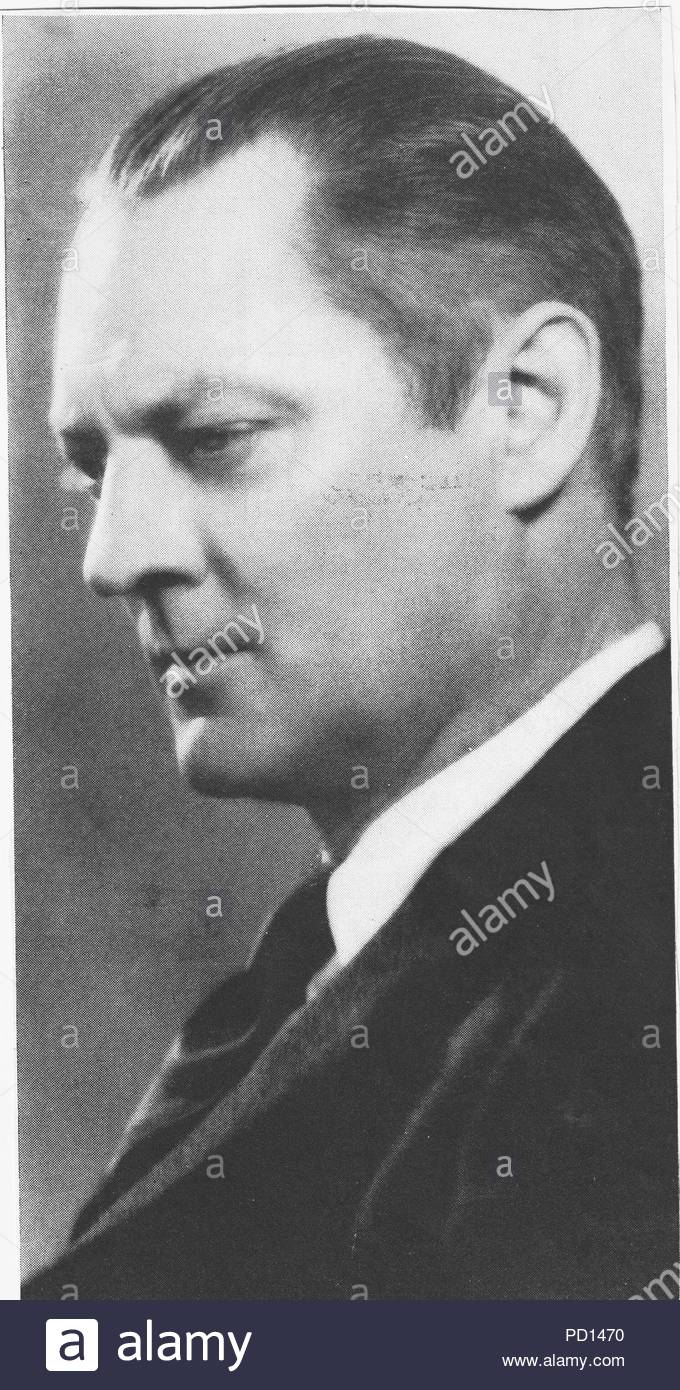 lionel barrymore lionel herbert blythe april 28 1878 november 15 1954 was an american actor of stage screen and radio as well as a film director