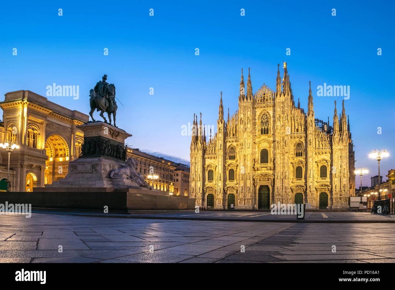 Milan city skyline sunrise at Milano Duomo Cathedral, Milan Italy - Stock Image