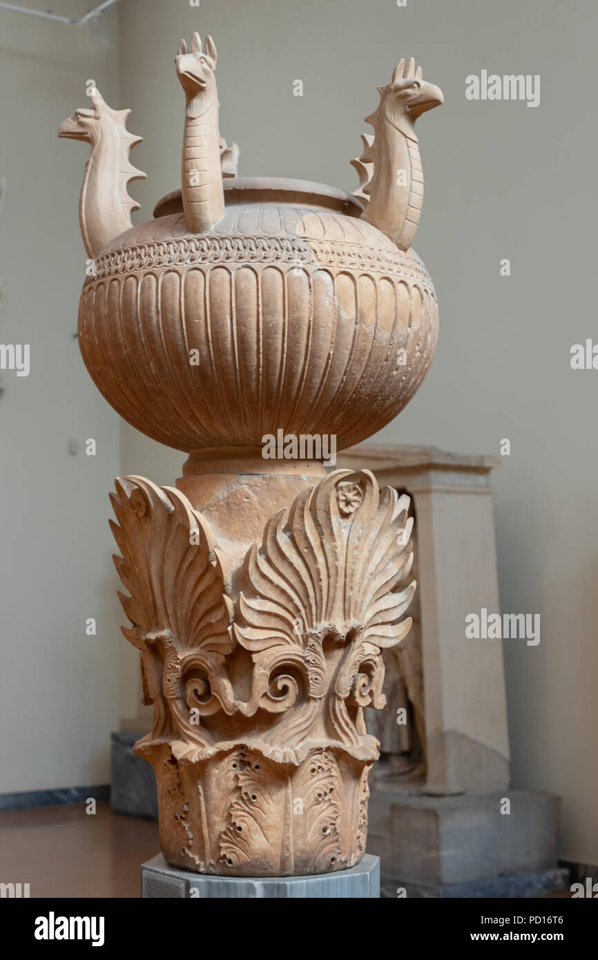 Funerary Lebes-kalpe, Cemetery Urn, Grave Enclosure Athenian Family, Abt 350 BC. - Stock Image