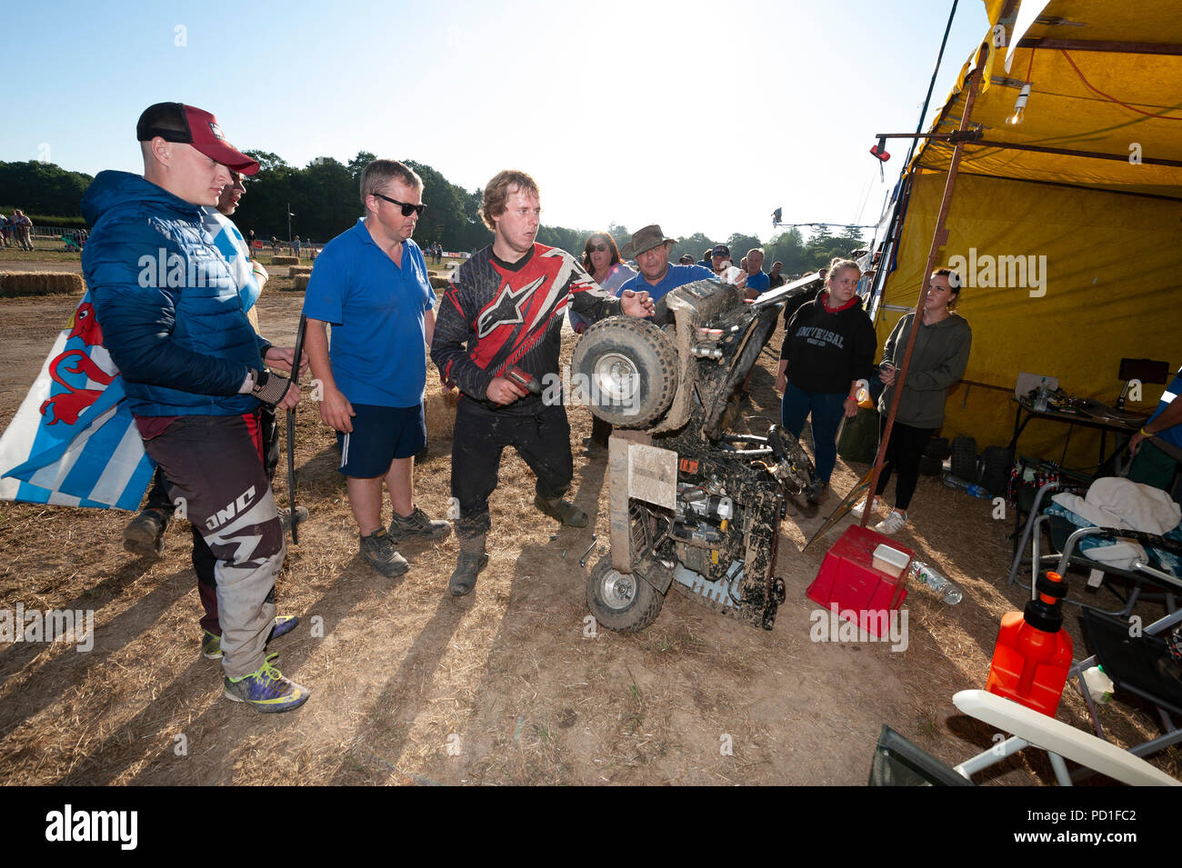 The 12 hour endurance lawnmower race, organised by the British Lawn Mower Racing Association, started at 8pm on Saturday and teams from around the world raced through the night to the finish line at 8am Sunday morning. 5th August 2018. Billingshurst, West Sussex. The 12 hour enduarance lawnmower race, organised by the British Lawn Mower Racing Association, started at 8pm on Saturday and teams from around the world raced through the night to the finish line at 8am Sunday morning. At 11 hours and 30 minutes, Northerners Kick Grass (pictured) were in the lead and set to win their 6th consecu - Stock Image