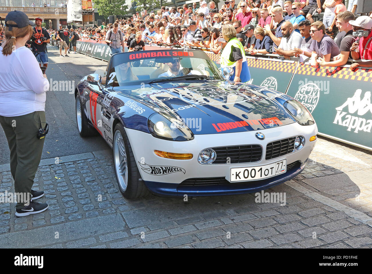 London Uk 05th Aug 2018 Bmw Z8 Gumball 3000 Launch And Flag