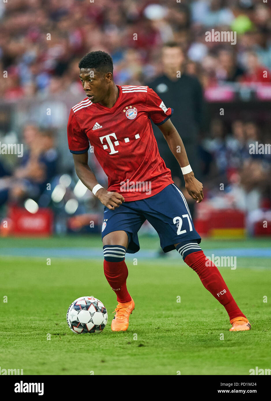 FC Bayern Munich - Manchester United, August 05, 2018 David ALABA, FCB 27  drives, controls the ball, action, full-size, Single action with ball, full  body, ...