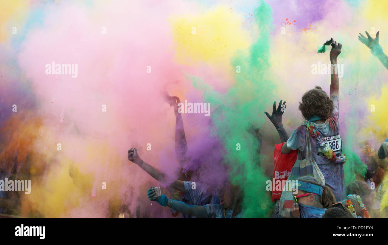 The Colour Run, also known as the Happiest 5k on the Planet - Stock Image