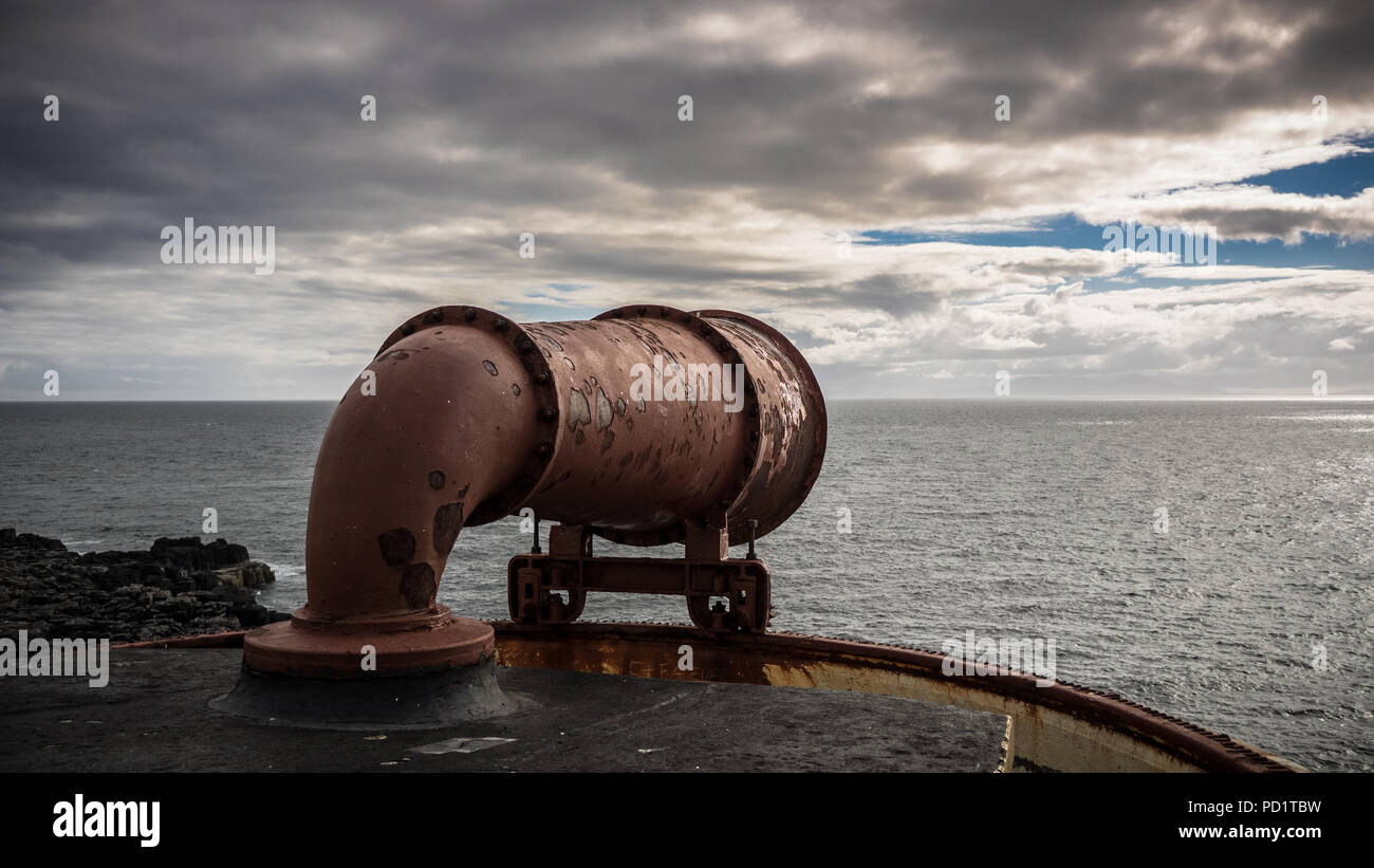 Foghorn of a scottish lighthouse with sea background - Stock Image